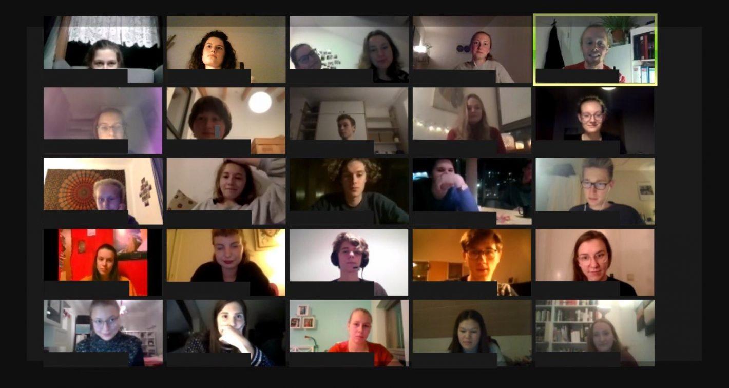 Screenshot von der Zoom-Konferenz der IB-Weihnachtsfeier